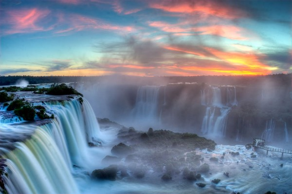 Iguazu Waterfalls en.wikipedia.org