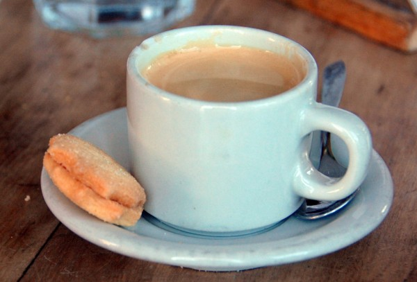 Coffee at Mama Racha, Buenos Aires LWY/Flickr